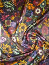 Liberty Seidensatin Earthly Delights Seidendruck auf Liberty Belgravia Silk Satin